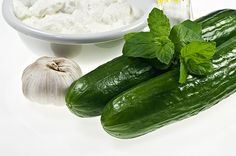 food photography south South Africa Photography Access Our Site Much More Information Old Recipes, Cooking Recipes, Yummy World, Greek Yoghurt, Tzatziki, Indian Dishes, Cucumber, Food Photography, Good Food