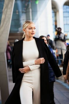 Cool Chic Style Fashion: Street Style Chic | Gigi Hadid