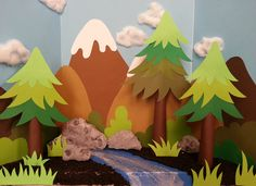 make a fun forest setup to play with pretend animals Easy Paper Crafts, Easy Craft Projects, Diy Paper, Projects For Kids, Diy And Crafts, Art Projects, Forest Crafts, Forest Art, Tree Crafts