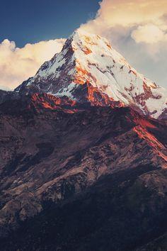 Mount Annapurna, Himalaya, Nepal.