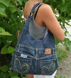 Jeans bag Denim purse Denim handbag Leather handles Womens bag of recycled denim.Chic bag made of old jeans diy – Artofit Artisanats Denim, Denim Purse, Blue Denim, Denim Bags From Jeans, Dark Denim, Mochila Jeans, Jean Diy, Blue Jean Purses, Diy Sac