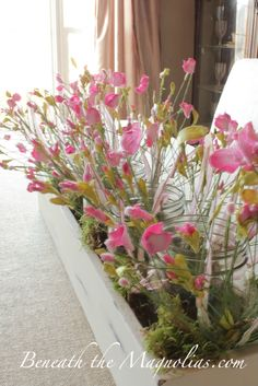 Beneath the Magnolias: Easy to Make Dining Room Centerpiece