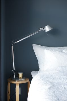 Sininen makuuhuone Interior Decorating, Flooring, Bedroom, Bedside, Walls, Color, Decoration, Paper, Home Decor