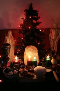 Yule Altar 2009 updated by ReanDeanna