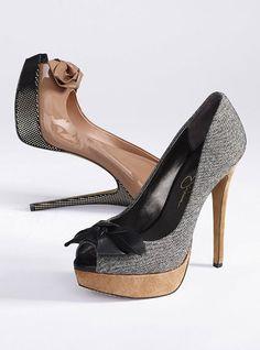 "Jessica Simpson Bow Peep-toe Pump - 5"" heel with 1"" platform"