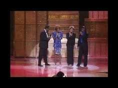 ▶ Whitney Houston, Luther Vandross, Dionne Warwick, Stevie Wonder LIVE - Thats What Friends Are For - YouTube