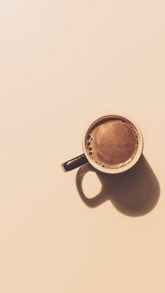 Coffee Cup Art, Coffee And Books, Coffee Latte, I Love Coffee, Coffee Cozy, Coffee Time, Aesthetic Coffee, Brown Aesthetic, Minimal Photography