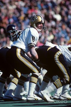 Archie Manning in 1977. The Saints wore black pants with their white ...