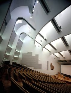 Alvar Aalto, Auditorium in Espoo, near Helsinki. Miss my study abroad! Auditorium Design, Auditorium Architecture, University Architecture, Alvar Aalto, Amazing Architecture, Art And Architecture, Architecture Details, Chinese Architecture, Futuristic Architecture