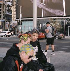 70s Aesthetic, Boys Don't Cry, R80, Teenage Dirtbag, School Daze, Heart Eyes, 2000s, Fashion Photography, Photoshoot