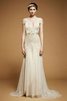 this is NOT a wedding a dress. i mean, it probably could be, but i am deeply and morally opposed to pinning anything wedding-themed. (lookin at you, eager bitches with elaborate dream wedding boards and no rings on your fingers). It's a lovely Jenny Packham gown though.