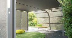 cabane de jardin Veranda et balancelle design par Paola Lenti