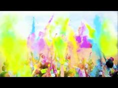 COLOR ME RAD 5K . I'm so planning on doing this in August in Vancouver. So much fun!