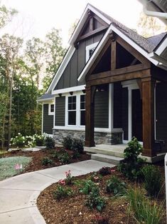 Exterior House Architecture Spaces Ideas For 2019 Exterior Paint Colors For House, Dream House Exterior, Cottage Exterior Colors, Siding Colors For Houses, Craftsman Exterior, Modern Farmhouse Exterior, Up House, House Front, Front Porch