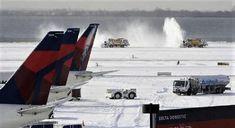 Cierran los aeropuertos de Nueva York por una fuerte nevada