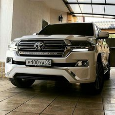 Land Cruiser Car, Toyota Land Cruiser, New Ferrari, Four Wheelers, Best Luxury Cars, Ford Raptor, 4x4 Trucks, Range Rover, Amazing Cars