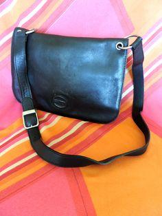 1aec9b45b21c 70s black LEATHER handbag by TULA (Radley) shoulder bag   purse with  adjustable strap