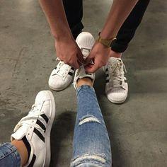 adidas, couple, and shoes Bild (Relationship Cuddling) Couple Tumblr, Tumblr Couples, Relationship Goals Pictures, Cute Relationships, Couple Relationship, Photo Couple, Love Couple, Couple Goals Cuddling, Ulzzang Couple