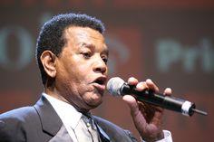 Morreu o cantor Jair Rodrigues, aos 75, na sua casa em Cotia, SP - Blue Bus