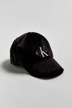 ACCESSORIES - Hats Calvin Klein kyzysUAt