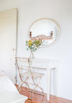 Vintage Whites Blog: Airy, Vintage-Minimal Home in Long Island