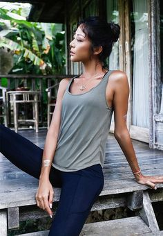 Winter Outfits, Summer Outfits, Casual Outfits, Cute Outfits, Asian Woman, Asian Girl, Backless Top, Body Poses, Yoga Tops