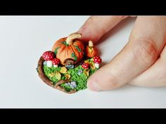 ♦ Tutorial: Pumpkin house miniature Autumn scenery in polymer clay - YouTube
