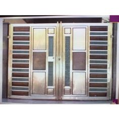 SS Glass Gates to sell from Batra Steels a leading of Steel Gate. Get complete details of the Jalandhar Punjab India based company offering SS Glass Gates and related products. Steel Gate Design, Front Gate Design, Leonard Buildings, Stainless Steel Gate, Architecture Building Design, Front Gates, Things To Sell, Glass, House