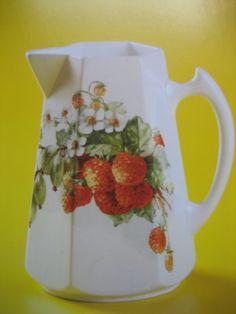 Arabia Kitchenware, Tableware, Finland, Stuff To Do, Pots, Porcelain, Ceramics, Vintage, Design