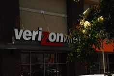 If you have Verizon or Sprint cell service, you may be owed a refund Verizon Wireless, Radio Frequency, You May, Technology, Tech, Tecnologia