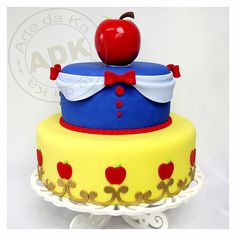snow white cake for my princess..since she was so cute in her outfit at disneyland