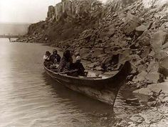 Here for your consideration is a pleasing picture of Indians in a Canoe on the Columbia. It was created in 1910 by Edward S. Curtis. The photograph presents Tlakluit Indians, seated in canoe, near rocks at edge of water. We have created this collection of illustrations primarily to serve as a valuable educational tool. Contact curator@old-picture.com.