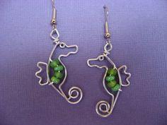 SEAHORSE EARRINGS wirework van chatnoir77 op Etsy, $14.00