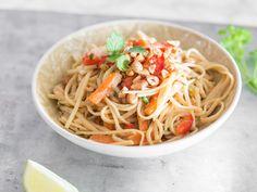 One Pot Pasta Thai Style mit Erdnüssen