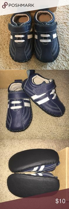 """Jemos Toddler Boys Soft Shoes, 12-18mo, NIB These 12-18mo soft shoes are perfect for early walkers! Cute little """"sneakers"""" that will look great with lots of outfits. Never worn and still new in the box. Smoke free pet free home. Soles are 5"""" long and 2 3/4"""" at the widest. Jemos Shoes Baby & Walker"""
