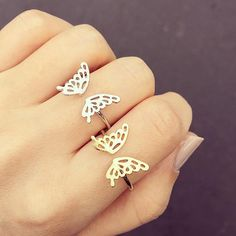 This is a gorgeous, unique ring set made up of two individual, entwined rings. This listing is for one single Interlocking ring set made up of 2 I Cute Jewelry, Body Jewelry, Women Jewelry, Jewelry Rings, Butterfly Ring, Butterfly Jewelry, Butterfly Fashion, Fashion Rings, Fashion Jewelry