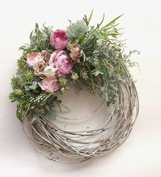 Wreath Crafts, Diy Wreath, Door Wreaths, Grapevine Wreath, Willow Wreath, Easter Wreaths, Holiday Wreaths, Corona Floral, Deco Nature