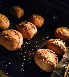 Kváskové dalamánky – moje malé veľké radosti Pretzel Bites, Baked Potato, Potatoes, Bread, Baking, Ethnic Recipes, Food, Potato, Brot