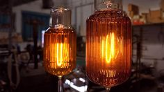 Hand made custom incandescent light bulbs and vacuum tubes.