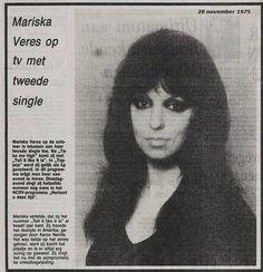 Mariska Veres Mariska Veres, Shocking Blue, Mona Lisa, Artwork, Work Of Art, Auguste Rodin Artwork, Artworks, Illustrators