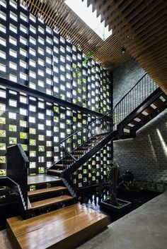 Gallery of DESINO Eco Manufactory Office / Ho Khue Architects - 4