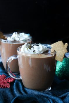 This Gingerbread Vegan Hot Chocolate is thick, velvety and sure to satisfy those seasonal cravings. No dairy, refined sugar or gluten. It's been four years since I was last able to say Vegan Hot Chocolate, Hot Chocolate Recipes, Chocolate Peanut Butter, Milk Recipes, Dairy Free Recipes, Dessert Recipes, Vegan Recipes, Gluten Free, Fodmap Recipes