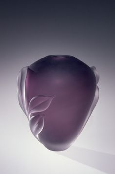 Vase by William Glasner and Charles Kingsley, 1980 | Corning Museum of Glass #glass #amethyst #vase