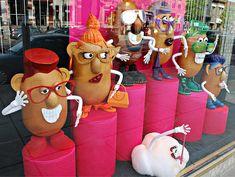 Potato Head #eyewear display. Whimsical and eye catching #merchandising.