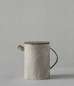 Tea pot by Takeshi Endo