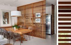 Cucina e soggiorno separati - Parete in legno