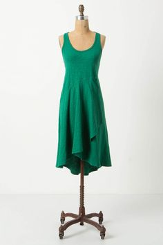 Love this simple dress that you can spice up with some cute accessories! Want one in this color, turquoise and orange.