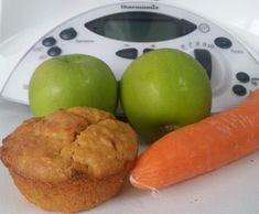 Recipe Carrot and Apple Muffins by clo_clo, learn to make this recipe easily in your kitchen machine and discover other Thermomix recipes in Baking - sweet. Bake Off Recipes, Baby Food Recipes, Sweet Recipes, Snack Recipes, Cooking Recipes, Healthy School Snacks, Lunch Snacks, School Treats, Bellini Recipe