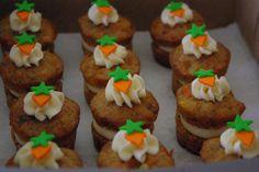 Mini carrot cake cakelets!