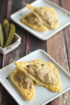 These 4 Ingredient Cheesy Keto Tuna Melts have ZERO Carbs! They're quick to throw together making them the Perfect No Carb Lunch or Snack. 0 Carb Snacks, Low Carb Appetizers, Healthy Snacks, Simple Snacks, Low Carb Keto, Low Carb Recipes, Free Recipes, Tuna Recipes, Healthy Recipes